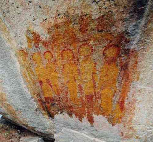 rock-paintings-depicting-aliens-spacesuite-chhattisgarh-india