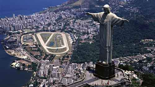 10-reasons-to-visit-brazil-artnaz-com-2