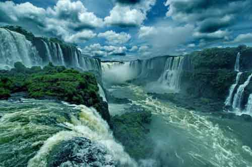 10-reasons-to-visit-brazil-artnaz-com-3