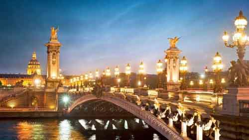 22-france-847-million-visitors