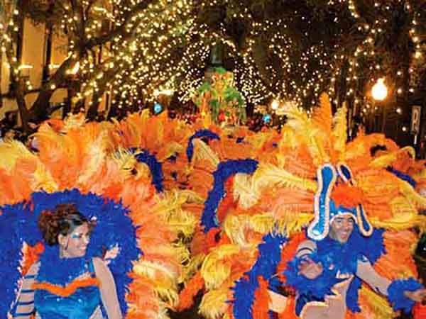 another-draw-the-madeira-carnival-one-of-the-biggest-street-parties-in-europe-it-takes-place-every-year-on-the-friday-before-lent