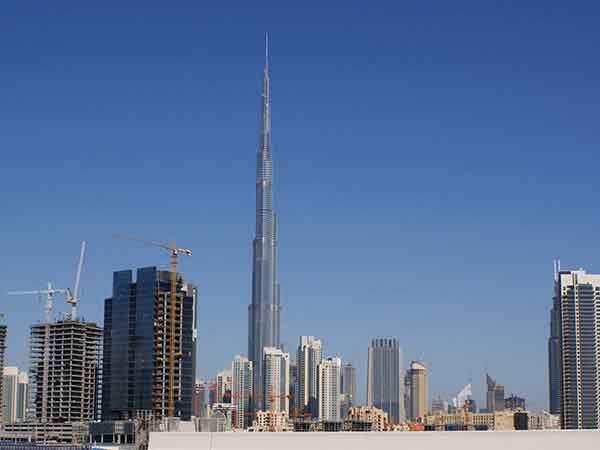 dubai-uae-features-strikingly-innovative-architecture-like-the-160-story-tall-burj-khalifa-the-tallest-building-on-earth