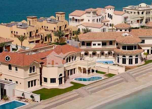 in-dubai-5-million-will-get-you-a-five-bed-six-bath-8453-square-foot-villa-on-the-man-made-jumeirah-islands-located-on-the-main-lake