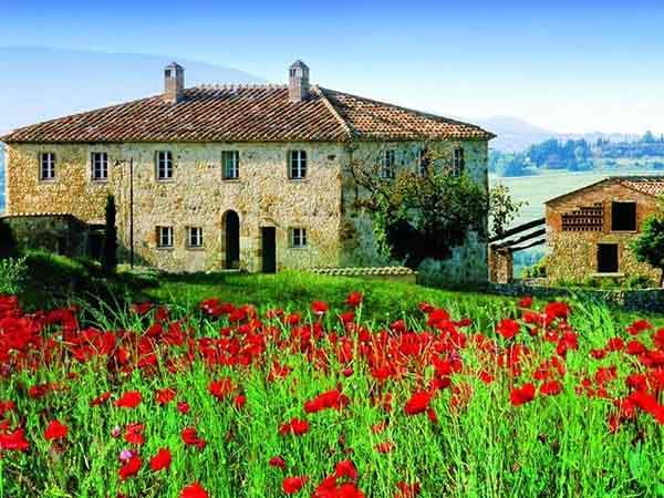 in-tuscany-494-million-buys-a-restored-countryhouse-villa-close-to-siena-that-includes-infinity-edge-pools-stone-balconies-and-wood-burning-ovens