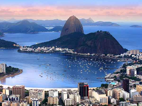 rio-de-janeiro-is-leading-the-way-in-becoming-a-smart-city-for-instance-it-lets-residents-use-smartphones-to-alert-the-city-to-infrastructure-issues