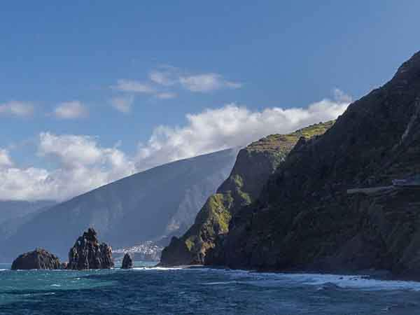 the-islands-have-gorgeous-cliffs-that-jut-out-into-the-atlantic-ocean-the-scenery-is-spectacular