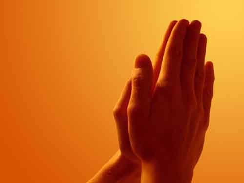 a99072_Praying_Hands_freecomputerdesktopwallpaper_1600