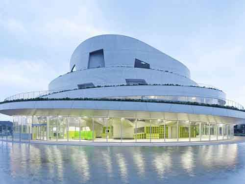 akiha-ward-cultural-center-by-chiaki-arai-urban-and-architecture-design-niigata-japan-shortlisted-in-culture