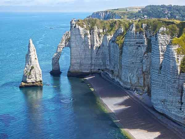 see-the-chalk-cliffs-of-tretat-in-normandy
