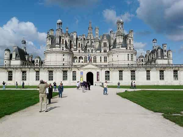 walk-in-the-footsteps-of-french-royalty-at-a-chateau-in-the-loire-valley-like-chteau-de-chambord