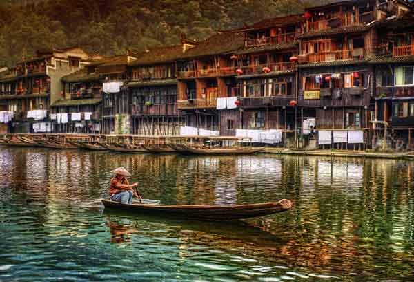 The Lonely Boater - China-X2