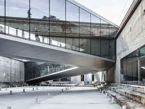 best-in-culture-danish-maritime-museum-by-big-bjarke-ingels-group-helsingr-denmark