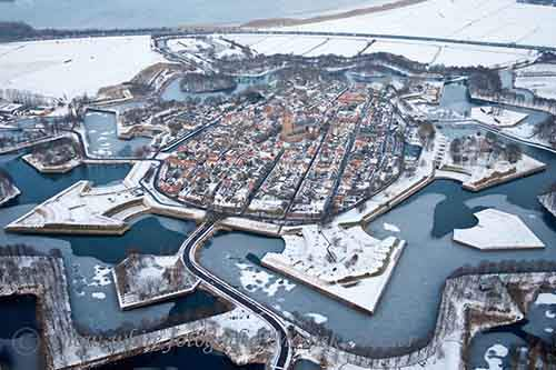 25-picturesque-towns-that-become-even-more-beautiful-with-the-arrival-of-winter-artnaz-com-15