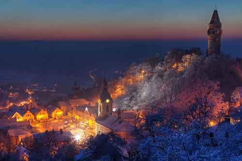 25-picturesque-towns-that-become-even-more-beautiful-with-the-arrival-of-winter-artnaz-com-18