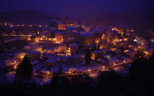 25-picturesque-towns-that-become-even-more-beautiful-with-the-arrival-of-winter-artnaz-com-20