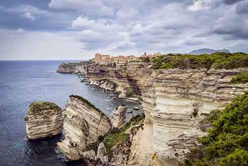 Cities-On-Cliffs25__880