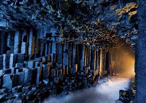 Fingals_Cave_Staffa_Scotland__880