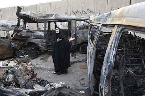 baghdad-also-continued-to-be-unstable-on-october-12-a-woman-mourned-in-the-shaoula-neighborhood