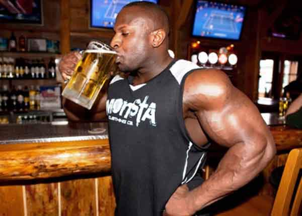 www.musclemag.com-Alcohol-Lead