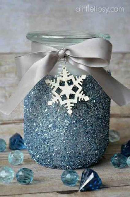 A-winter-spin-on-a-classic-glitter-candle