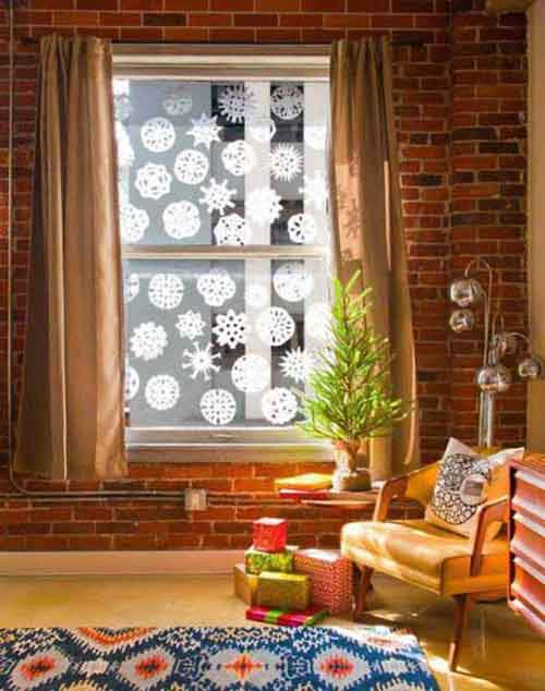 DIY-Coffee-Filter-Snowflakes