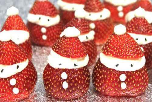 Make-amazing-Santa-strawberries