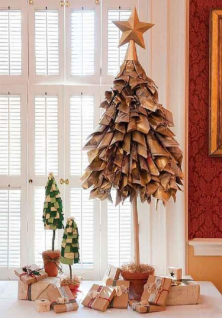 XX-Of-The-Most-Creative-Christmas-Trees-Ever6__605