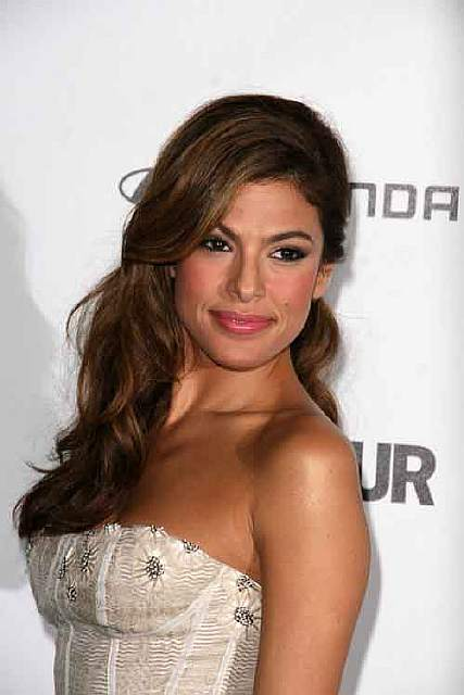 bigstock-Eva-Mendes-at-Glamour-Reel-Mom-57281978