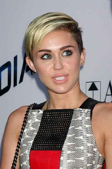 bigstock-LOS-ANGELES-AUG-Miley-Cy-49068119