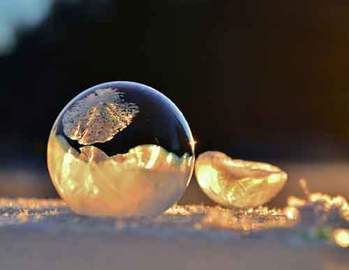 frozen-ice-art-1-3