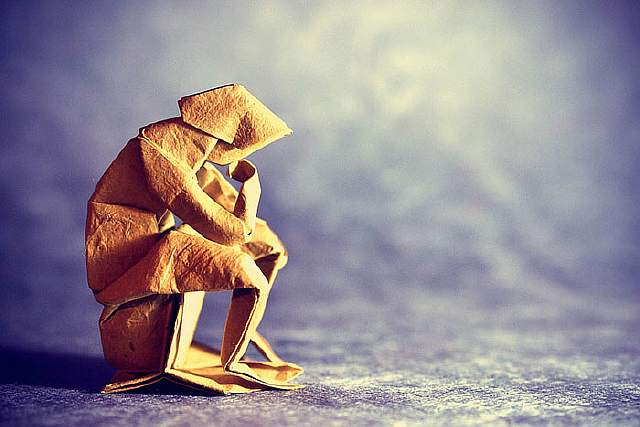 origami-paper-art-the-thinker-neil-elias__700