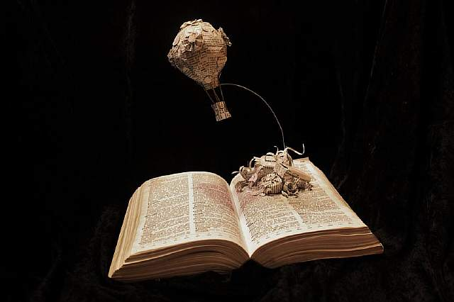paper-book-sculpture-art-jodi-harvey-brown-11__880
