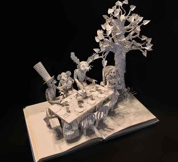 paper-book-sculpture-art-jodi-harvey-brown__880