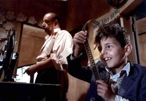 10-CINEMA-PARADISO_reference