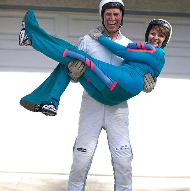 pat-and-alicia-moorehead-81and-66-year-old-skydivers__605