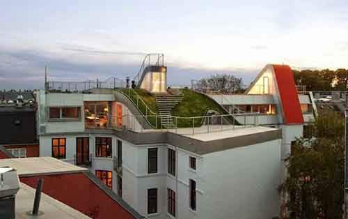 25 Most Breathtaking Rooftops You Want To Hang Out On Forever_4