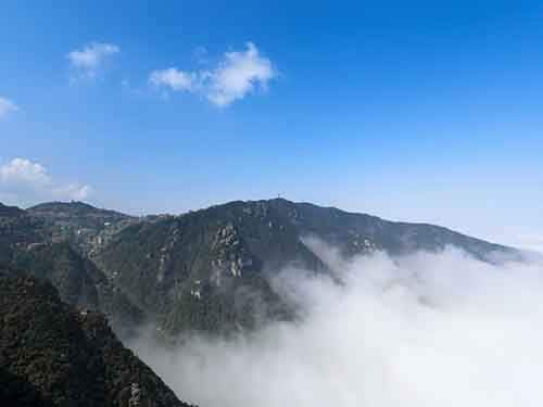 climb-mount-lu-in-jiangxi-and-see-why-painters-and-poets-come-here-to-find-inspiration
