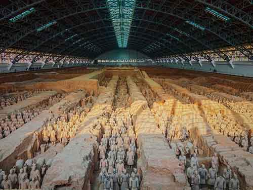 marvel-at-the-expansive-royal-tomb-of-the-terracotta-warriors-in-xian