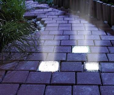 solar-powered-brick-lights