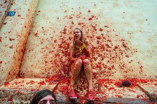 unique-festivals-around-the-world-la-tomatina-4