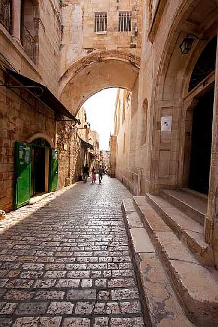 10-most-popular-streets-in-the-world-that-are-worth-seeing-artnaz-com-3