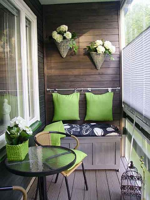 20-cool-ideas-for-your-balcony-artnaz-com-10
