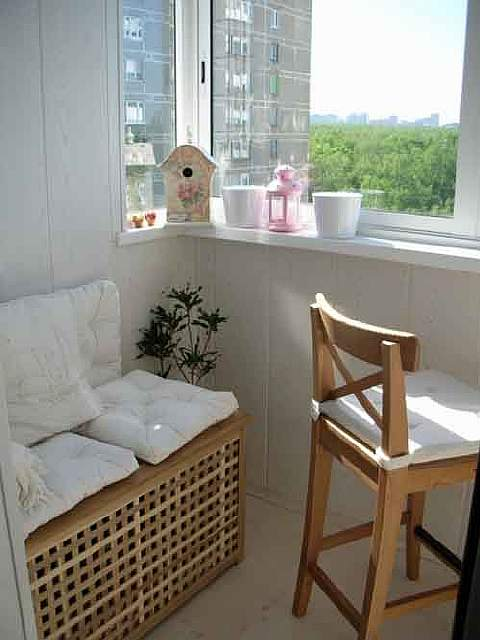 20-cool-ideas-for-your-balcony-artnaz-com-16