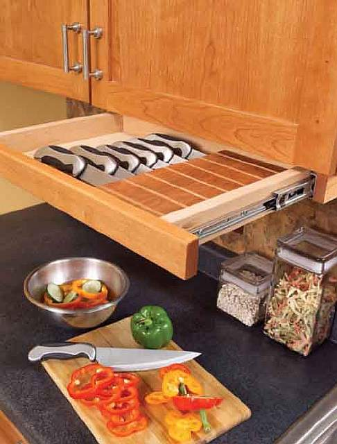 An-Under-Cabinet-Knife-Drawer