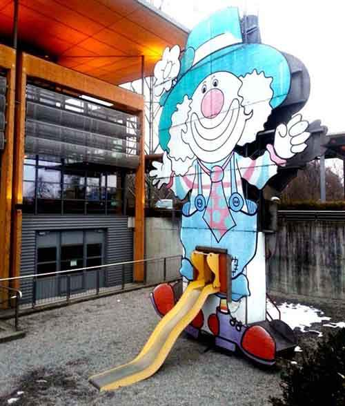 Clown-With-Slide
