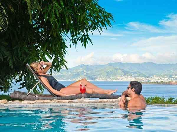 fantasy-at-maca-bana-in-grenada-you-can-sip-cocktails-by-a-gorgeous-pool-and-soak-in-the-incredible-views