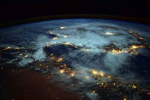 earth-at-night-from-space-iss-nasa-barry-wilmore