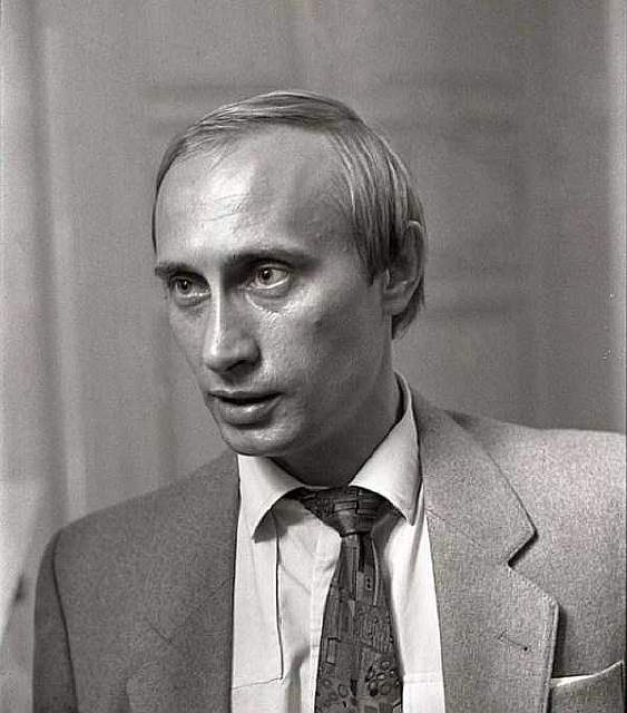 photos-of-young-Vladimir-Putin-11