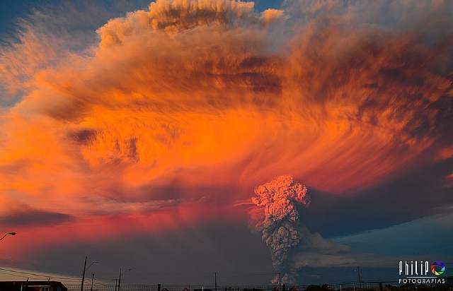 volcano-eruption-calbuco-chile-10__880