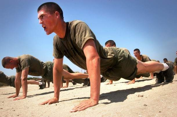 Marines_do_pushups-610x405